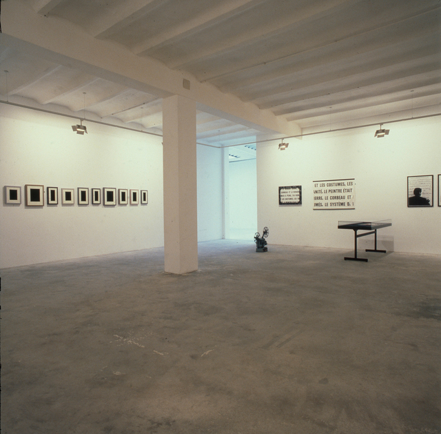 ", 'Plaster Surrogates: installation view of the exhibition ""Barbara Bloom, Marcel Broodthaers, Daniel Buren, Louise Lawler, Allan McCollum"",' 1989, Galerie Isabella Czarnowska"