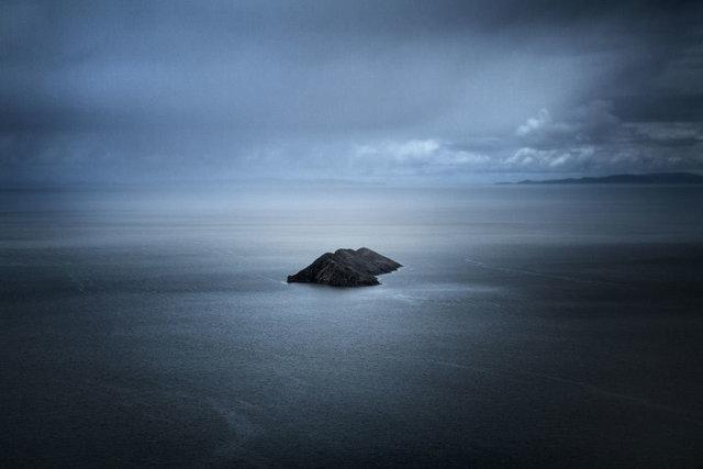 , 'Desde La Isla Cuántica I,' 2014, Fifty Dots