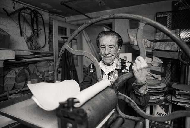 , 'Louise Bourgeois at the printing press in the lower level of her home/studio on 20th Street, New York,' 1995, The Museum of Modern Art