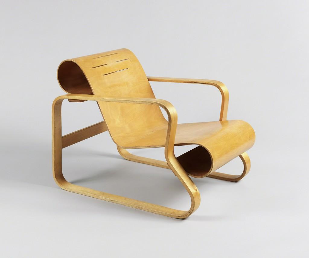 Alvar aalto paimio chair 1930 1931 artsy for Alvar aalto chaise