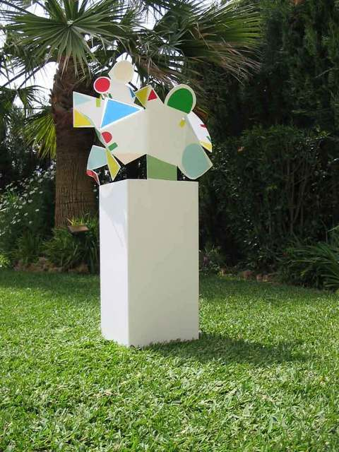 , 'Florero El Beso 4/7,' 2005, Lucia Mendoza