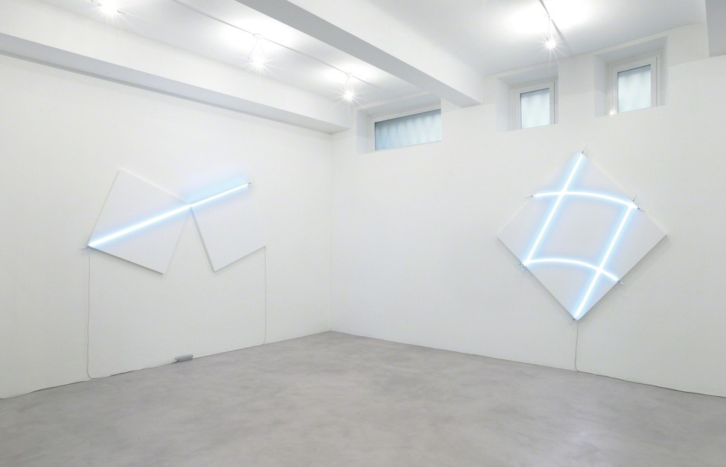 (from left to right) Enfilade n°2, 2013 /