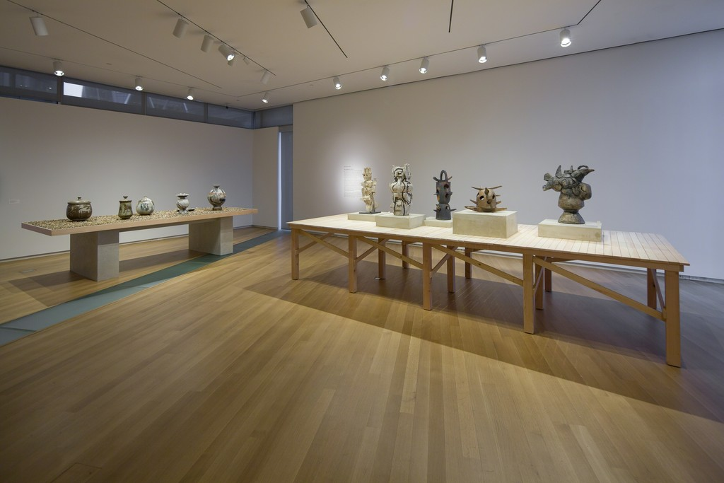 Installation view of 'Voulkos: The Breakthrough Years'