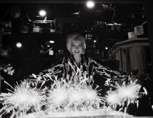 Fine Lawrence Schiller Marilyn Monroe Birthday Cake 1962 2007 Personalised Birthday Cards Paralily Jamesorg