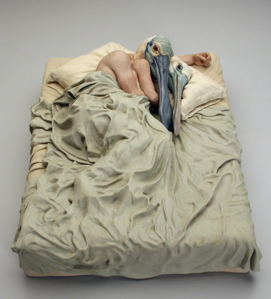 Alessandro Gallo, Come Fly With Me, 2014, argilla e acrilico su una base d'acciaio, 25.4 × 61 × 48.3 cm