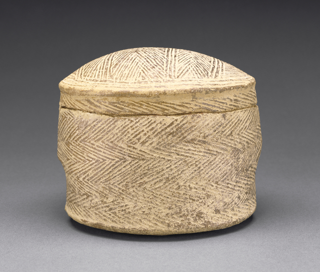 'Cylindrical Pyxis and Lid of the Grotta-Pelos Group', 3000 BCE -2800 B.C., J. Paul Getty Museum