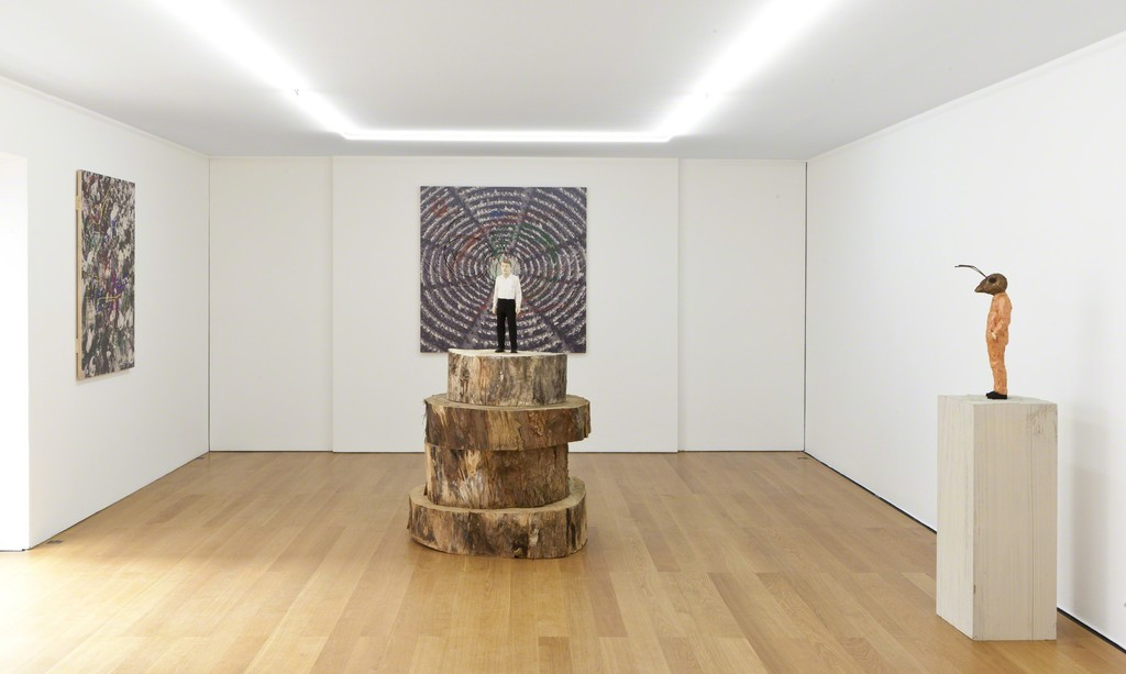 Installation view Stephan Balkenhol at Galerie Rüdiger Schöttle, 2017.