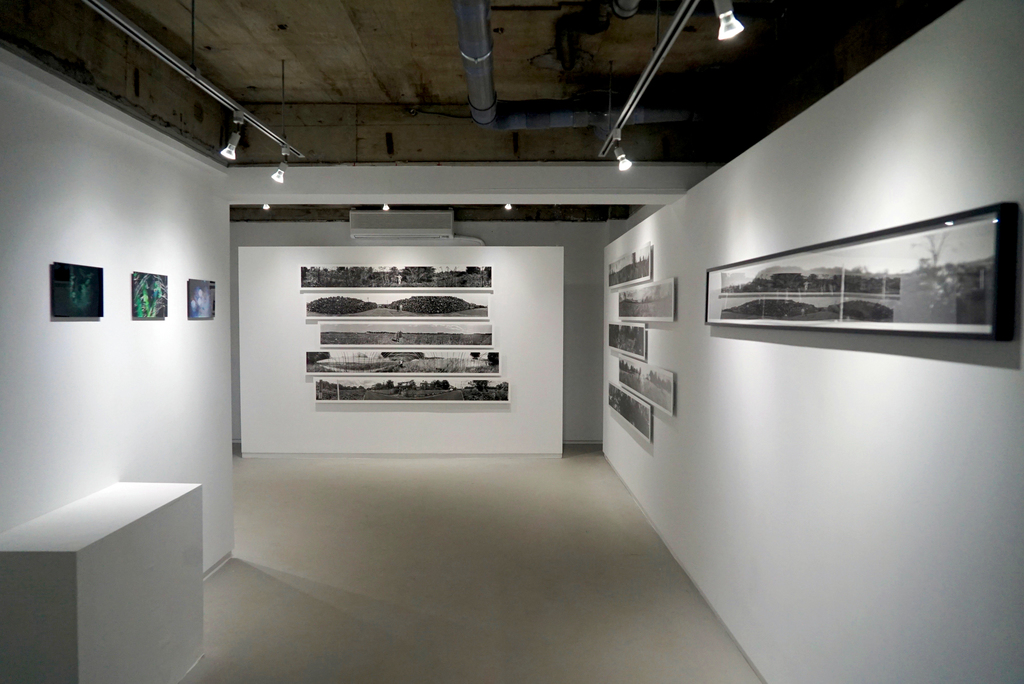 "installation view from Ai Iwane Solo Exhibition ""KIPUKA—Island in My Mind"" (2018, KANA KAWANISHI PHOTOGRAPHY, Tokyo) | © Ai Iwane, courtesy KANA KAWANISHI GALLERY"