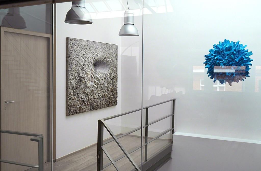 Exhibition: Chaotic Harmony - Artist: Chun Kwang Young - Lee-Bauwens Gallery