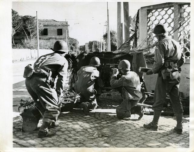 , 'Anti-tank gun near Anzio,' Printed 1944, Be-hold