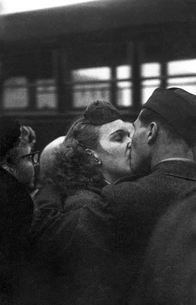 , 'Bidding Farewell,' 1952, Galerie Thierry Bigaignon