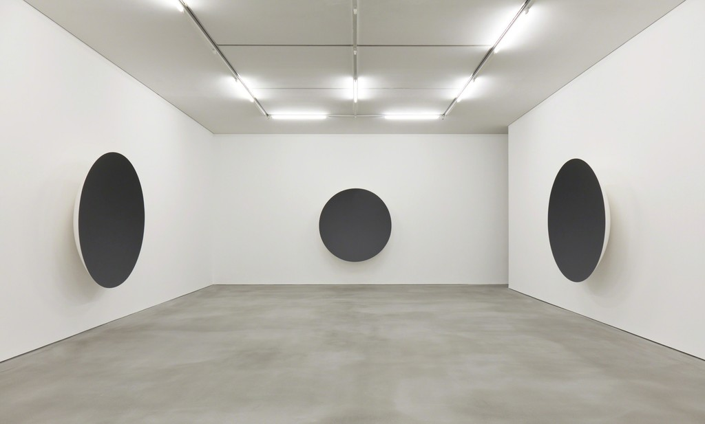 Anish Kapoor: Gathering Clouds installation view.