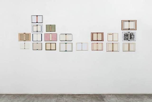 , 'Minha biblioteca italiana,' 2015, Silvia Cintra + Box 4