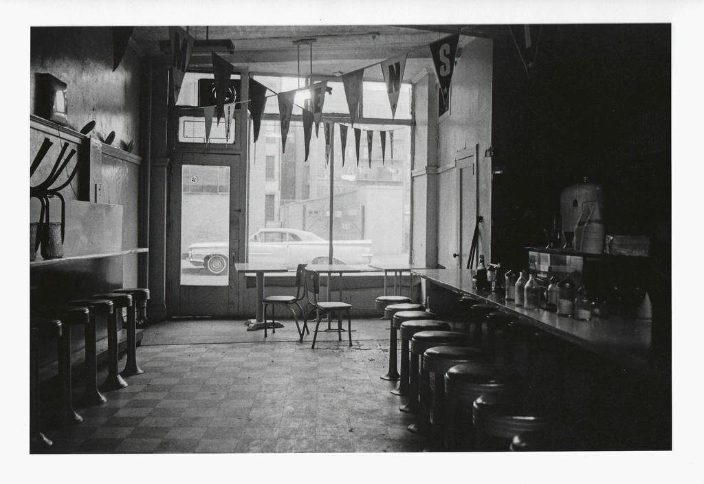 Duane Michals Empty New York, 1964 Gelatin-silver print 12 x 17,8 cm