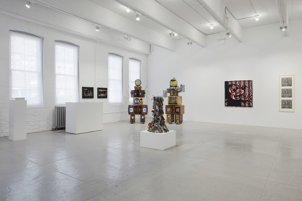 Installation view, 'A Luta Continua: The Sylvio Perlstein Collection,' Hauser & Wirth New York, 22nd Street, April 26 – July 27, 2018