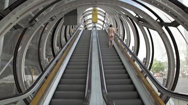 , 'Nu montant un escalator,' 2017, Galleria Heino