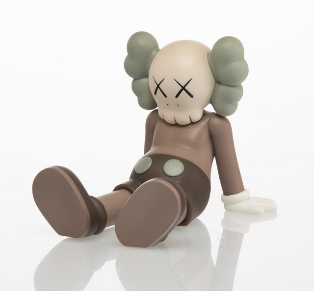 KAWS, 'Holiday: Taipei (Brown)', 2019, Sculpture, Painted cast vinyl, Heritage Auctions