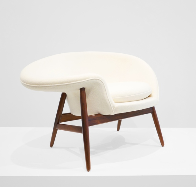", '""Fried Egg"" Chair,' ca. 1956, Peter Blake Gallery"