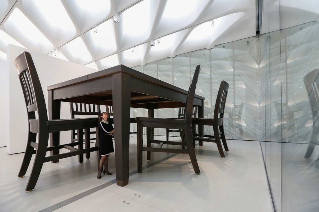 Installation of Robert Therrien's Under the Table in The Broad's third-floor galleries; photo by Elizabeth Daniels, courtesy of The Broad and Diller Scofidio + Renfro