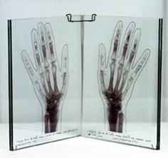 , 'Las manos de la artista (Serie: el libro de las manos),' 1993, Altxerri