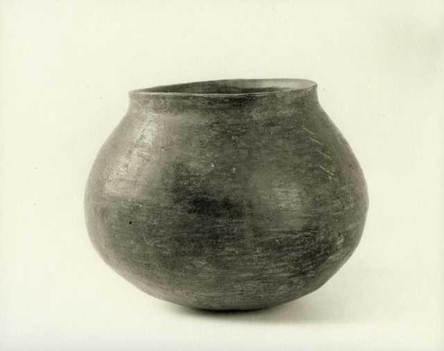 , 'Rusty Pot,' 2005, John Davis Gallery