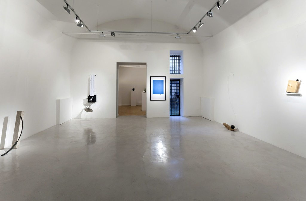 "Installation view Emmanuele De Ruvo ""Meta-Phora, from thePhysical to the Moral"""