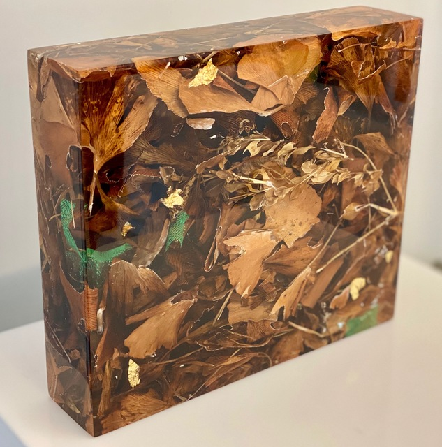 Susi Kramer, 'Gingko', 2017-2020, Sculpture, Acrylic glass, gingko, boxwood and tulle, Claudine Gil