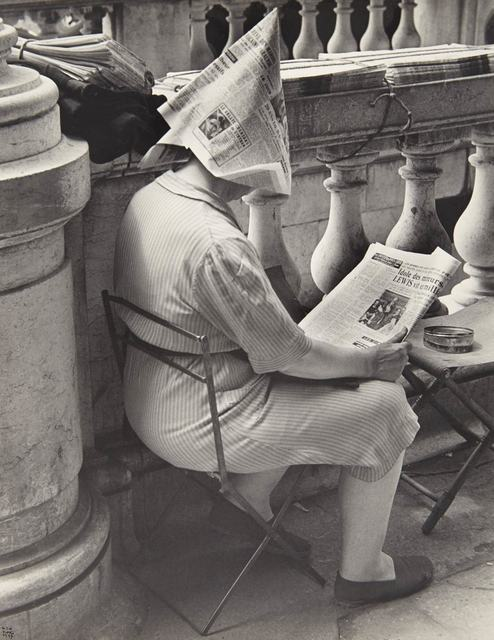 Ilse Bing, 'Vendeuse de journaux, place de la Concorde, Paris', 1947, Doyle