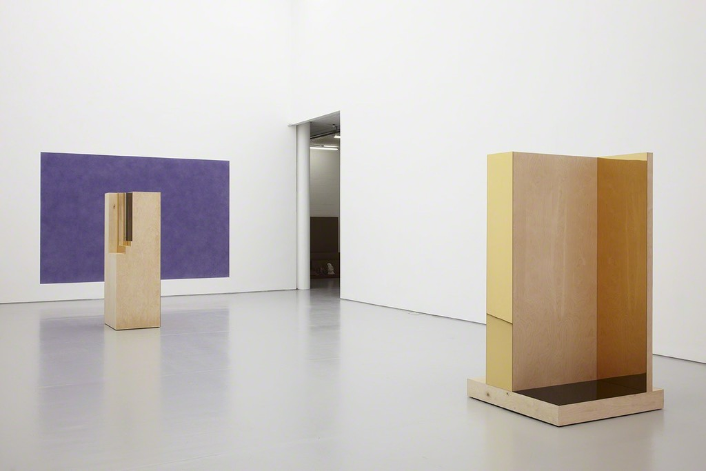 Isabelle Cornaro, Témoins oculaires (2015) installation view. Photograph by Stuart Whipps