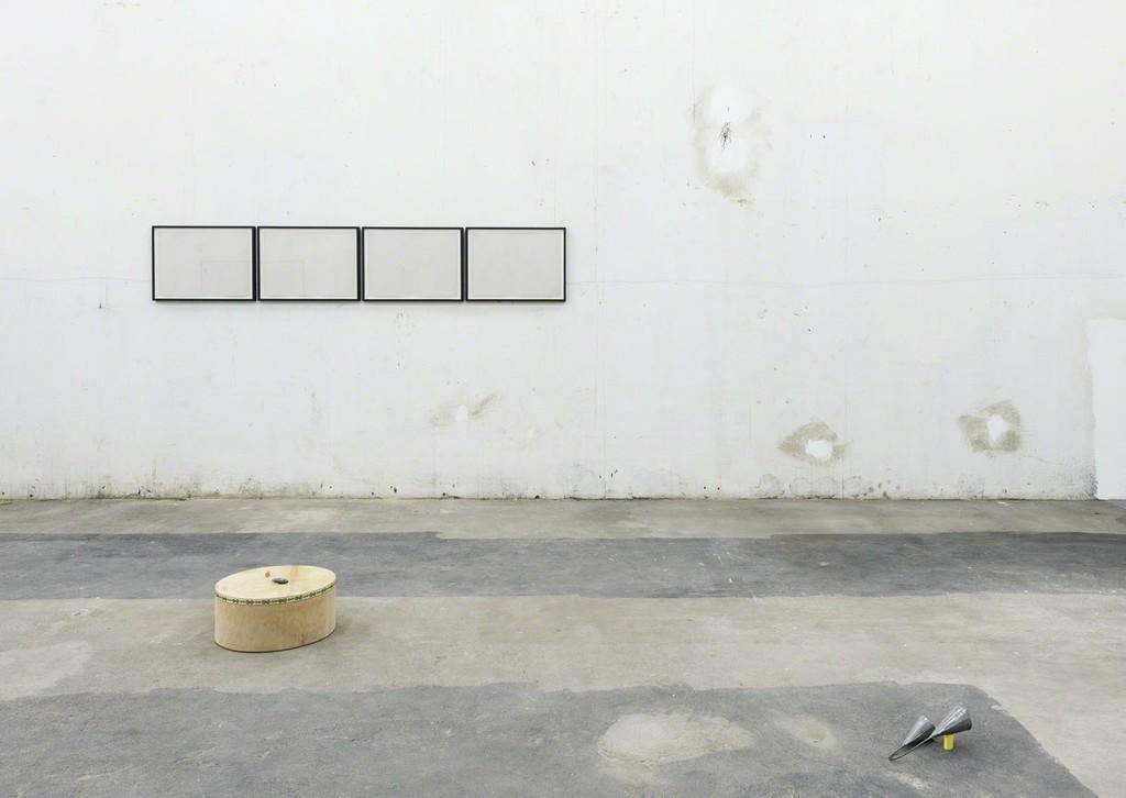"""Riccardo Baruzzi - """"Del disegno e della vertigine"""" exhibition view, Galeria Jaqueline Martins, 2017"""