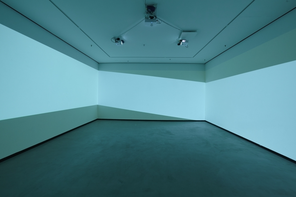 Pekka Sassi, Colours, 2017, 3-channels video installation