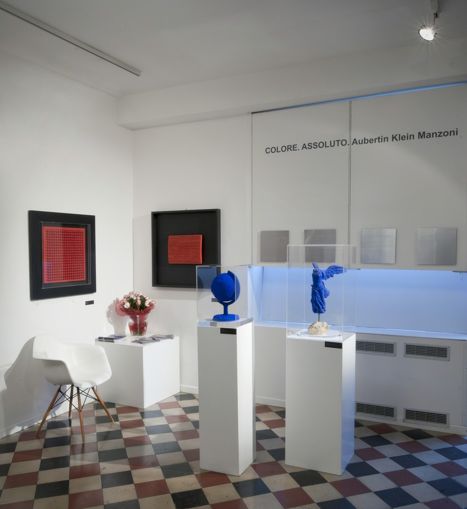 """Color Absolut. Aubertin, Klein, Manzoni""