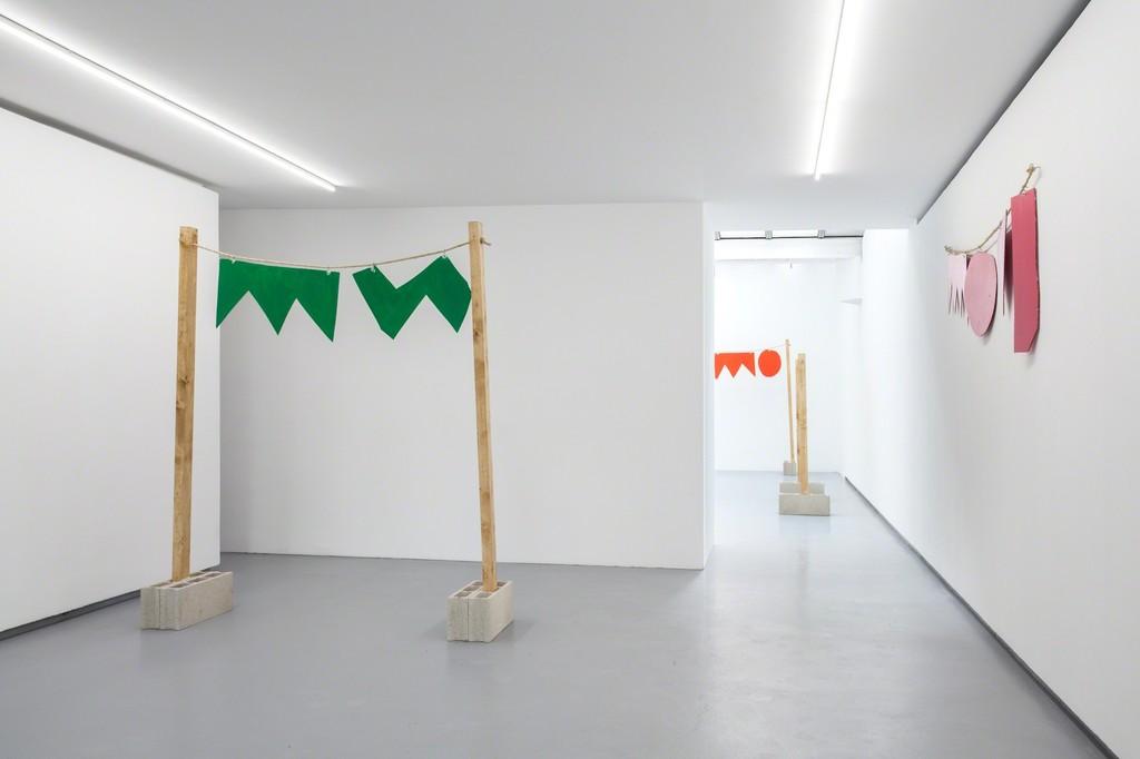 "Exhibition view ""Riverside"", solo show by Stephen Felton. Valentin, Paris - 2016. © Sylvie Chan-Liat / Courtesy of the artist and Valentin, Paris."