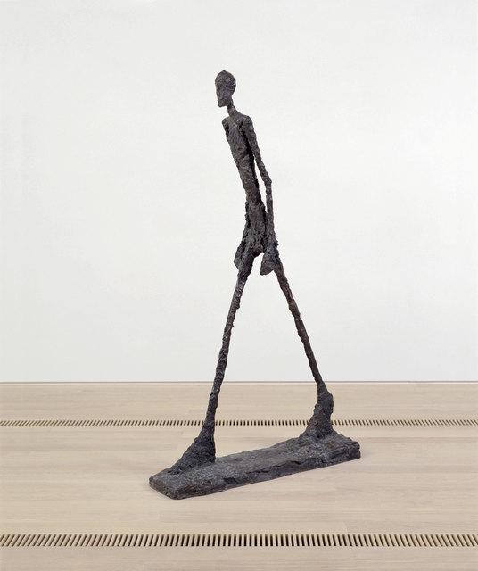 , 'L'homme qui marche II,' 1960, Fondation Beyeler