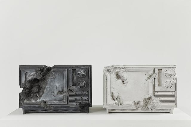 Daniel Arsham, ' Ash and Rose Quartz Eroded Televisions', 2014, Baró Galeria