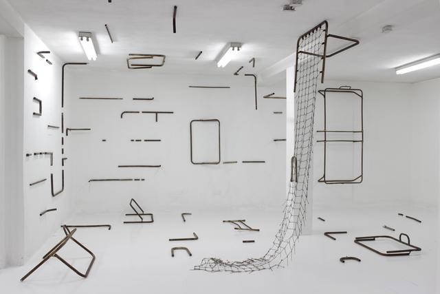 , 'Instalación con catres,' 2014, Henrique Faria Fine Art