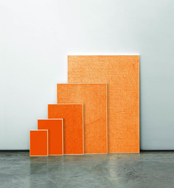 , 'Crayon Laranja,' 2009, Galeria Raquel Arnaud
