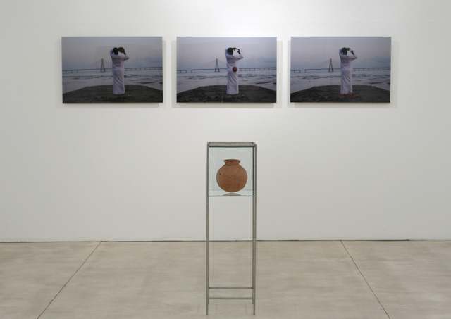 """, 'Untitled (from the show """"the pieces earth took away""""),' 2012, Galerie Krinzinger"""