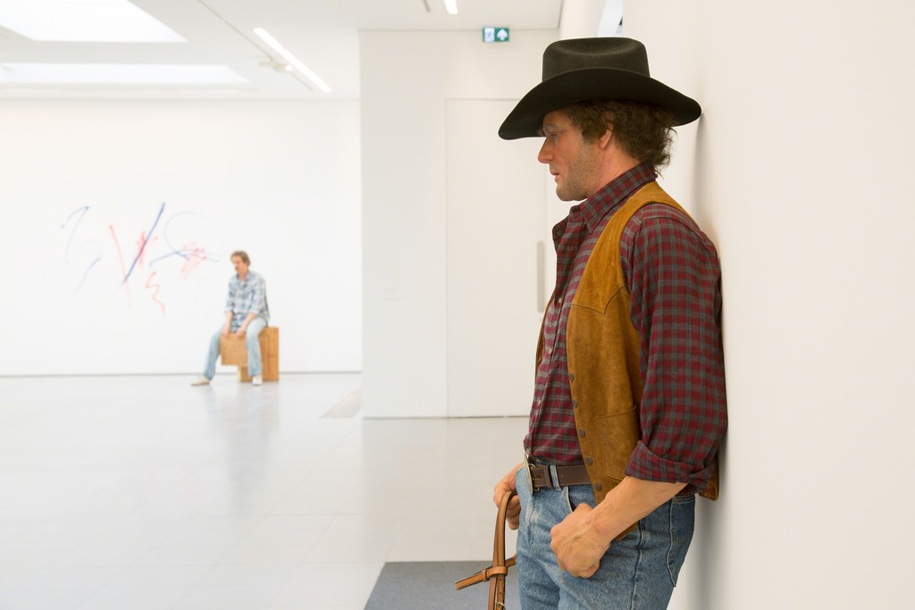 "Duane Hanson, ""Cowboy"" (1984-1995) and ""Homeless Person"" (1991). Serpentine Sackler Gallery. Courtesy © Luke Hayes."