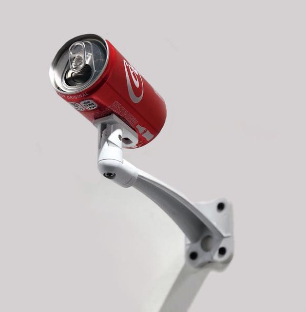 , 'Coca / De la Serie Realidad Disminuida ,' 2018, EL GRAN VIDRIO
