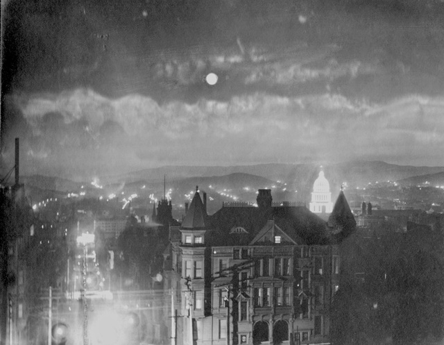, 'San Francisco at Night – City Hall Illuminated,' 1903, de Young Museum