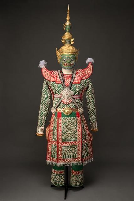 'Mask and costume for Tosakanth, Thai name for Ravana', 2005, Musée national des arts asiatiques - Guimet