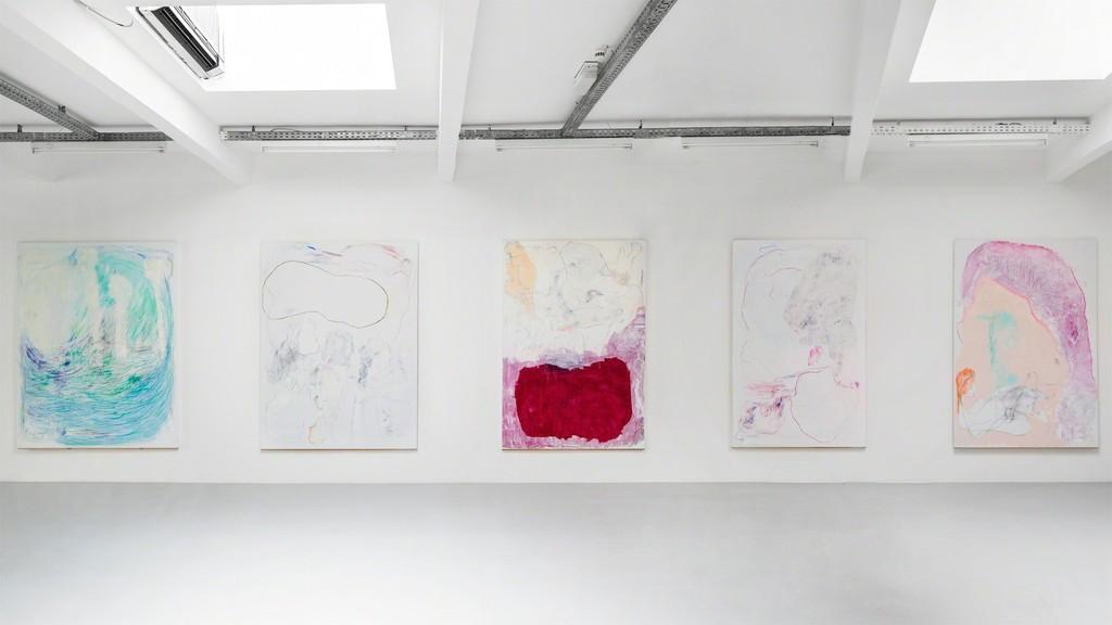 Gonn Mosny, Ausstellungsansicht, Kunstraum Innsbruck, 2017.  v.l.n.r.: Gonn Mosny,  LW 207, 200 cm x 170 cm, 2016 LW 213, 200 cm x 165 cm, 2016  LW 199, 200 cm x 149 cm, 2015 LW 210, 200 cm x 140 cm, 2016 LW 223, 200 cm x 150 cm, 2016 courtesy by the artist and Volker Diehl Gallery. Foto: Verena Nagl