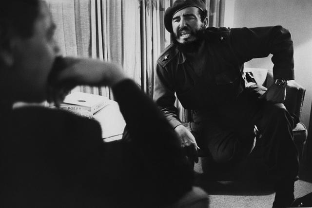 Marc Riboud, 'Fidel Castro interviewé  par Jean Daniel, Cuba, 1963', 1963, Photography, Silver Gelatin Print, Galerie Arcturus