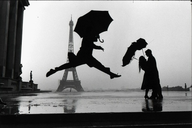 , 'Paris, France (umbrella jump),' 1989, Lumiere Brothers Gallery