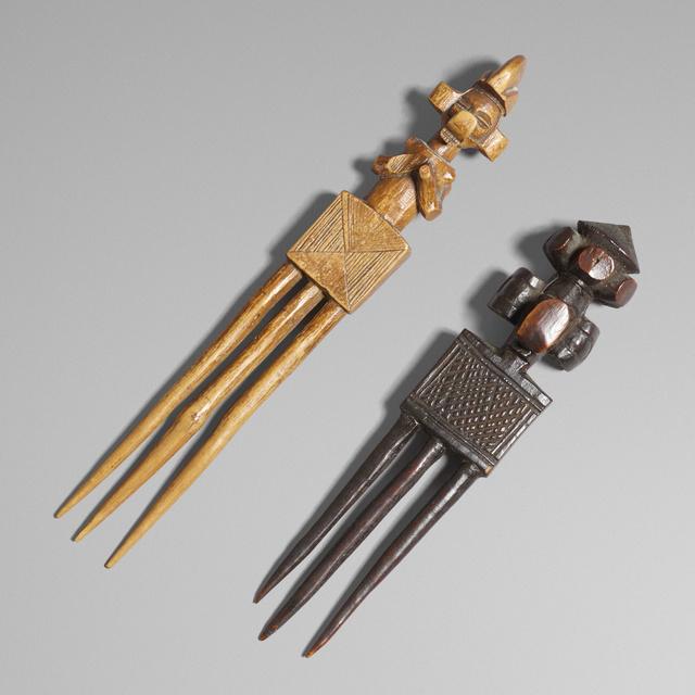 'Yisanunu (hair combs), set of two', Wright