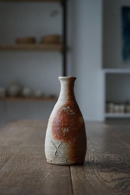 , '信楽徳利 Sake-Jar (Shigaraki-Style),' , Kami ya Co., Ltd.