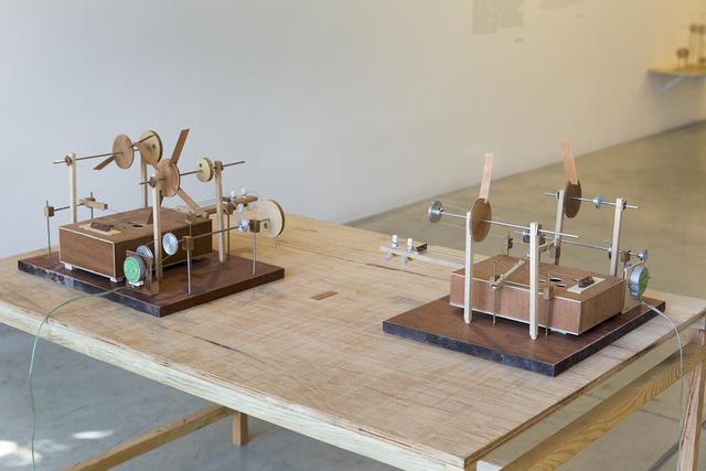 , 'Máquina violãozinho,' 2014, Galeria Nara Roesler
