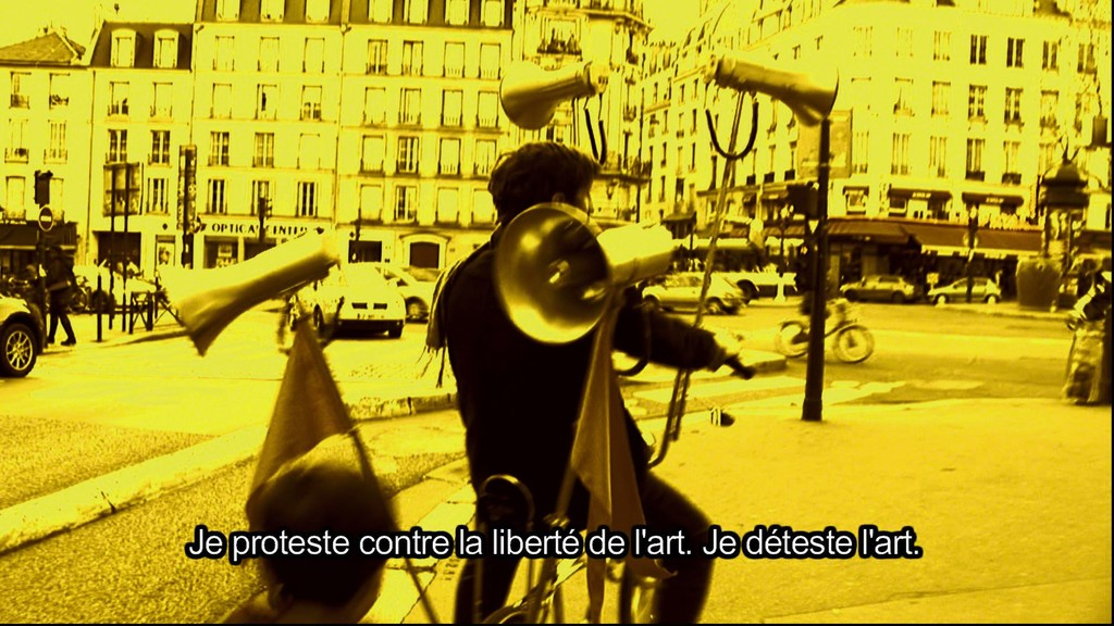 Protest bike - Paris, still from video