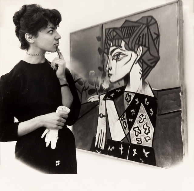 Weegee, 'Woman Viewing Picasso Painting at the Tate', 1960, Hindman